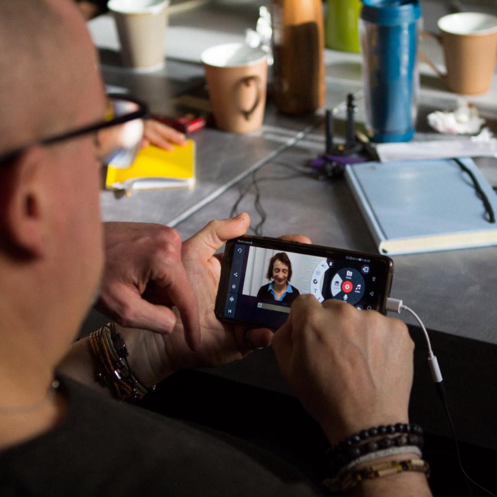 Atelier pour apprendre à réaliser soi-même des vidéos avec son smartphone